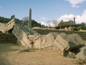 Axum - gebroken stele