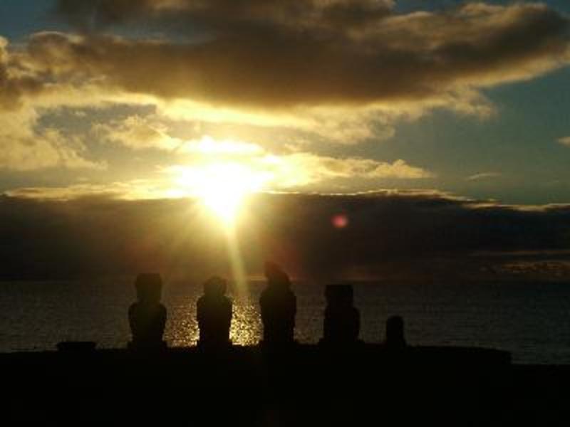 zonsondergang op paaseiland