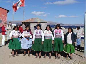 Lokale dames van het Titicacameer
