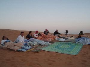 Overnachten buiten het kamp