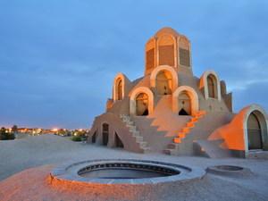 Iran - Yazd - stilte toren