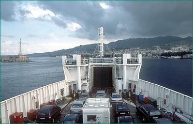 Italie Djoser boot vervoer