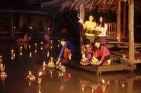 Thailand, Loi krathong/lichtjesfestival