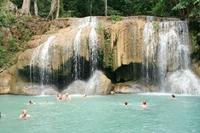 Thailand zwemmen Erawan watervallen River Kwai Family
