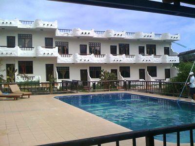 Ecuador Galapagos hotel accommodatie zwembad overnachting Djoser