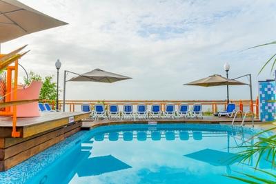 Suriname hotel accommodatie overnachting zwembad Djoser
