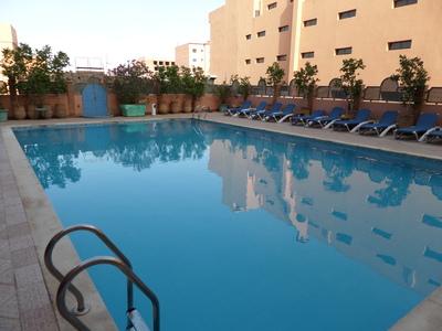 Marokko Djoser hotel accommodatie zwembad