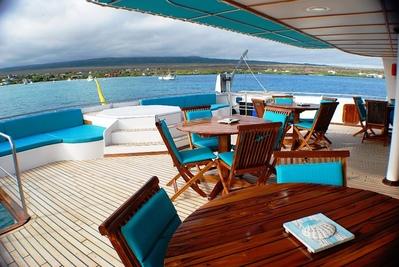 Ecuador overnachting cruise rondreis Djoser