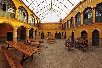 Bolivia hotel accommodatie overnachting Djoser