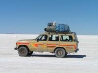 Salar de Uyuni Bolivia Jeep Djoser