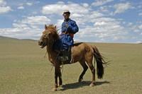 Man op paard Mongolië Trans Siberië express Djoser
