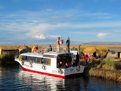Peru met Amazone boot vervoersmiddel rondreis Djoser