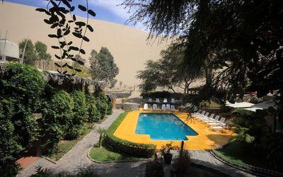 peru Hotel Huacachinero zwembad Djoser