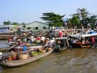 Drijvende markt Vietnam Djoser