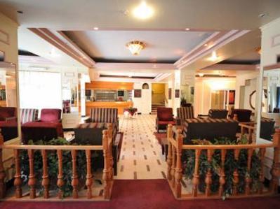 Israel Jordanie hotel lobby accommodatie Djoser