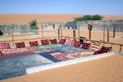Oman en Dubai hotelkamer accommodatie Zwembad Djoser
