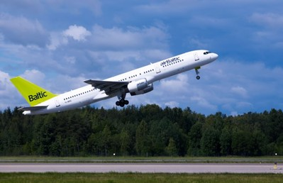 Letland Finland vliegtuig luchtvaartmaatschappij Djoser