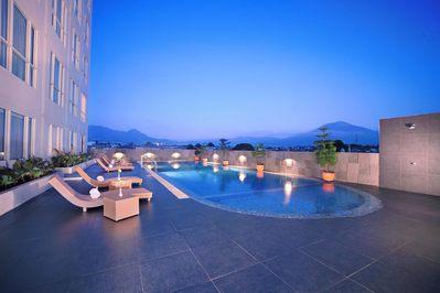 Zwembad Hotel Denpasar Indonesië Djoser