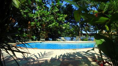 Costa Rica zwembad accommodatie overnachting Djoser