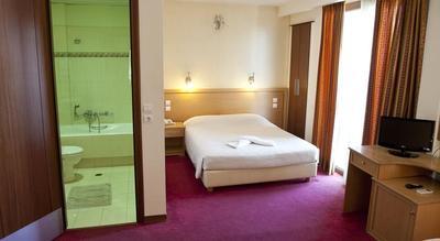 Djoser hotel accommodatie overnachting Griekenland