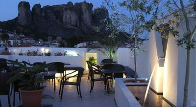 Griekenland restaurant hotel overnachting Djoser