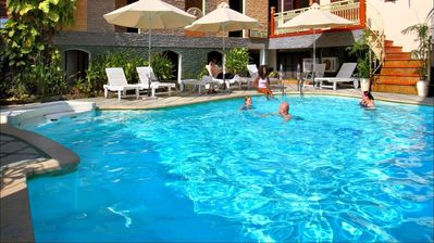 Hoi An Lantern Hotel zwembad Djoser kookreis Vietnam