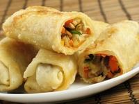 Vietnam Kleine loempia Pho soep met noodles Djoser