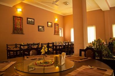 Djoser Nepal Hotel Restaurant Lumbini Ananda Inn accommodatie overnachting