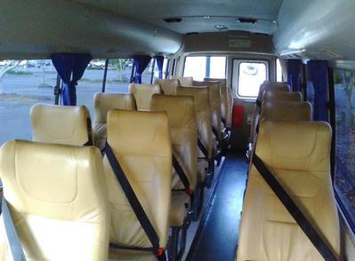 Binnenkant bus Australie Djoser