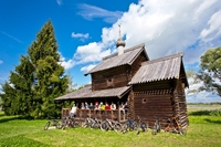 Fietsreis Baltische staten Trakai houten huis groep Djoser
