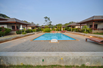 Khao Yai Nature Life Resort zwembad Thailand