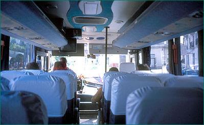 Cuba binnenkant bus Djoser