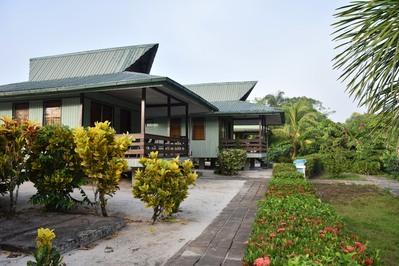 Overbridge hotel Suriname