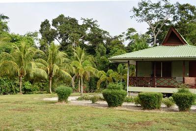 Overbridge hotels Suriname