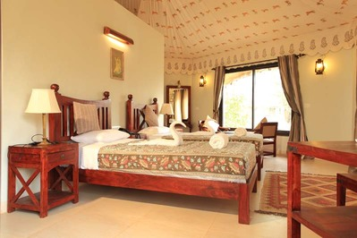 Infinity Resort Kanha kamer India Djoser
