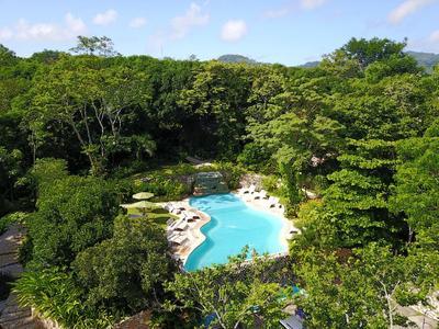 Hotel La Aldea de Halach zwembad Palenque Mexico
