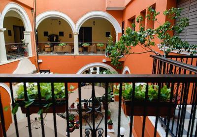 Hotel Mision binnenplaats Campeche Mexico