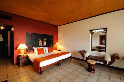 Thilanka Hotel kamer Kandy Sri Lanka