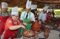 Marrakech kookles roeren tajine