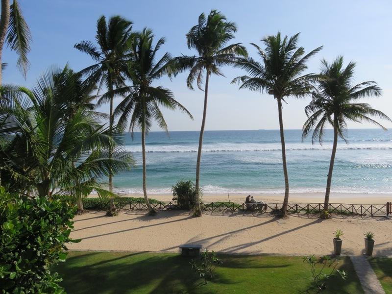 Strand met palmbomen Ahangama
