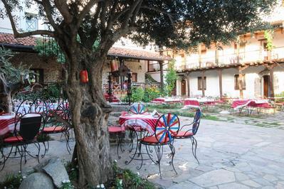 Hotel Tradita tuin Shkoder Albanie