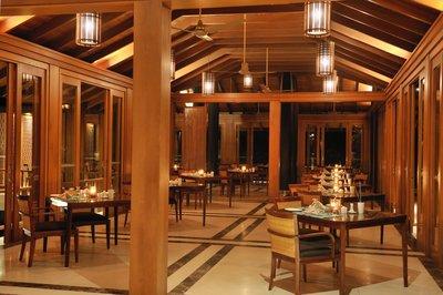 Eetzaal Malediven Paradise Island resort