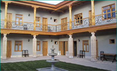 Iran Turkmenistan Oezbekistan hotel accommodatie overnachting Djoser