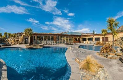 Oakridge Resort zwembad Wanaka Nieuw-Zeeland