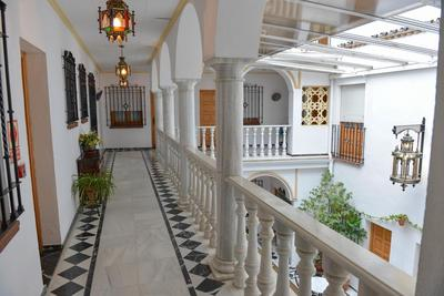 Hotel Los Omeyas overloop Cordoba Spanje