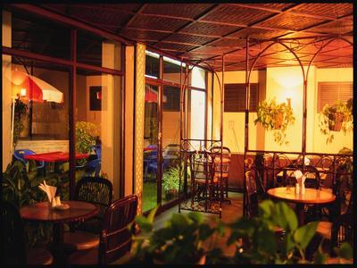 Abad Hotel restaurant Cochin Zuid-India Djoser