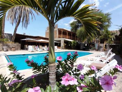 Hotel El Huacachinero zwembad Huacachina Peru