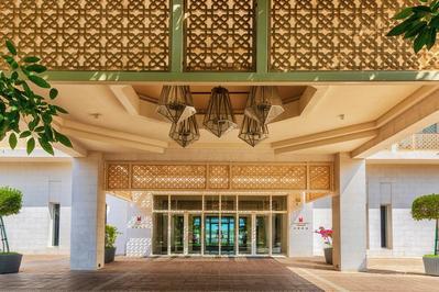 Millennium Hotel entree Mussanah Oman