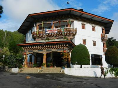 Buitenkant Zangto Pelri Punakha Bhutan Djoser