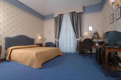 Hotel Nuovo Rebecchino kamer Napels Italie
